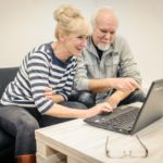 Nauka obsługi komputera dla seniorów.
